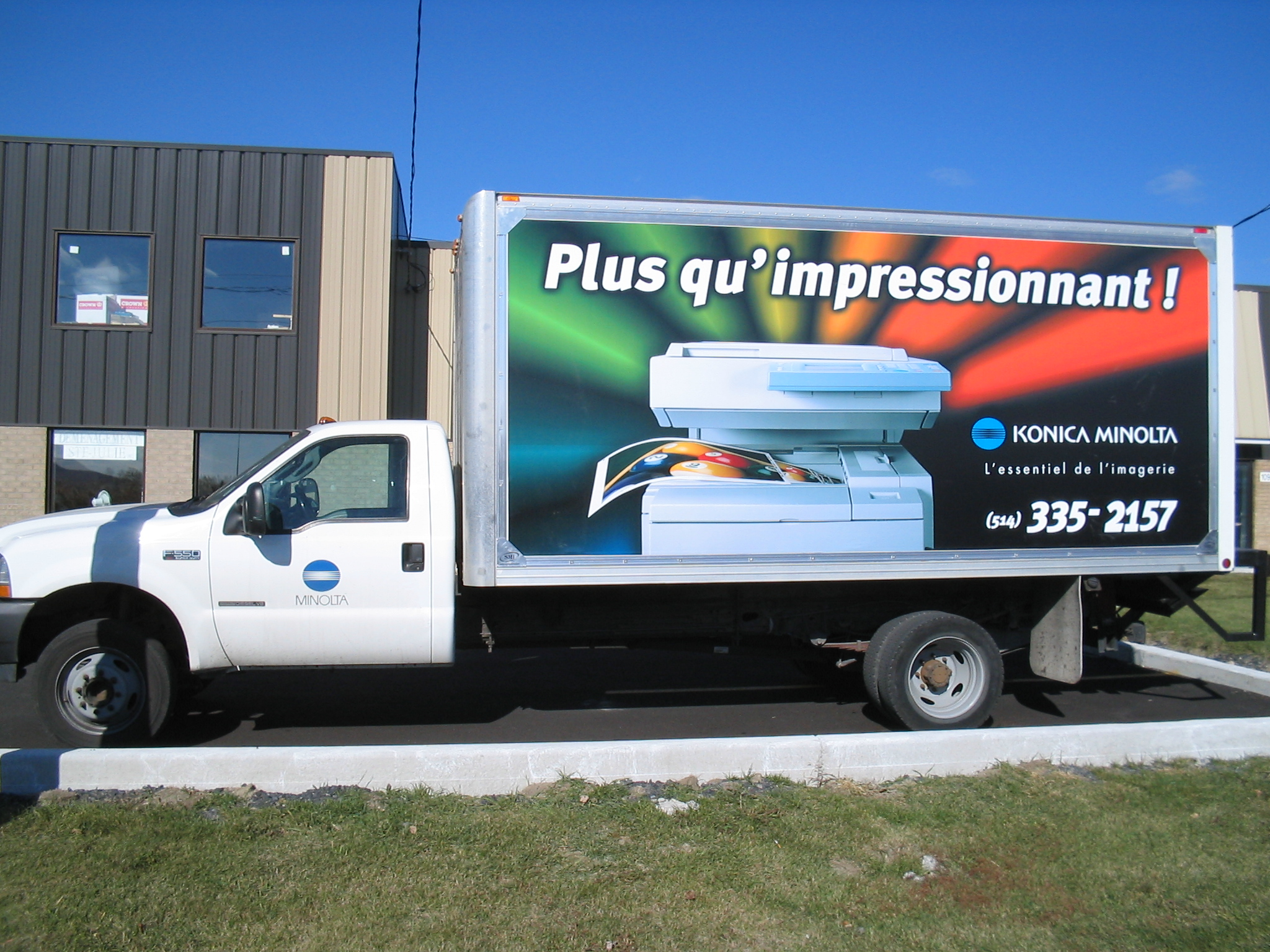 R alisation smi syst me mobile d 39 impression for Piscine mobile sur camion